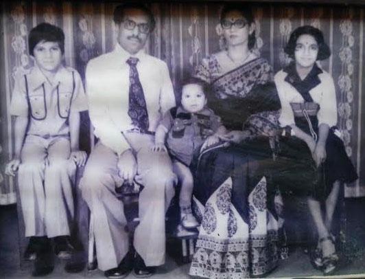 indian-family.jpg