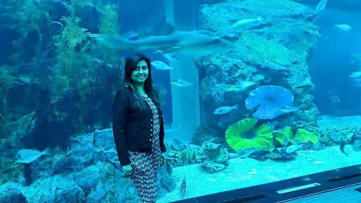 neelima-in-aquarium.jpg