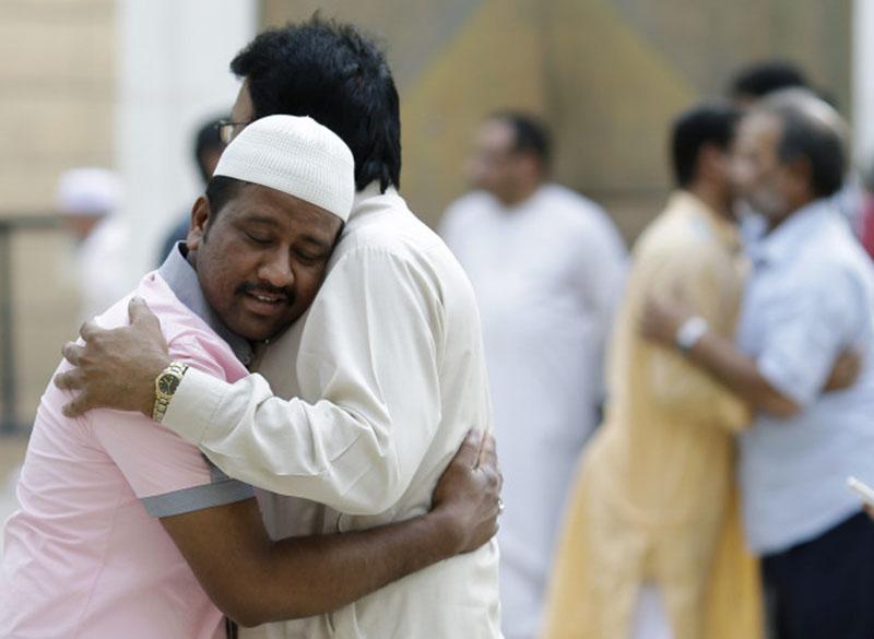 आधा हिंदु, आधा मुसल्मानहूँ
