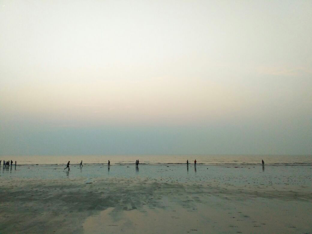 juhu-beach-people.jpg