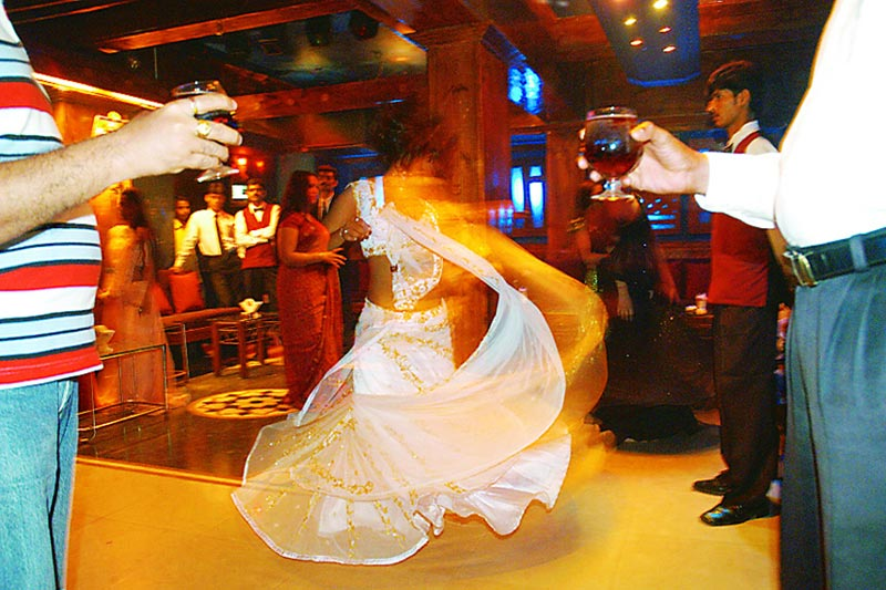 The Legend of the Mumbai Dance-Bars