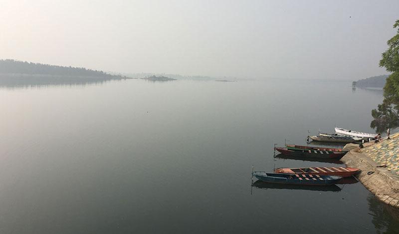 jhumri-lake-in-evening